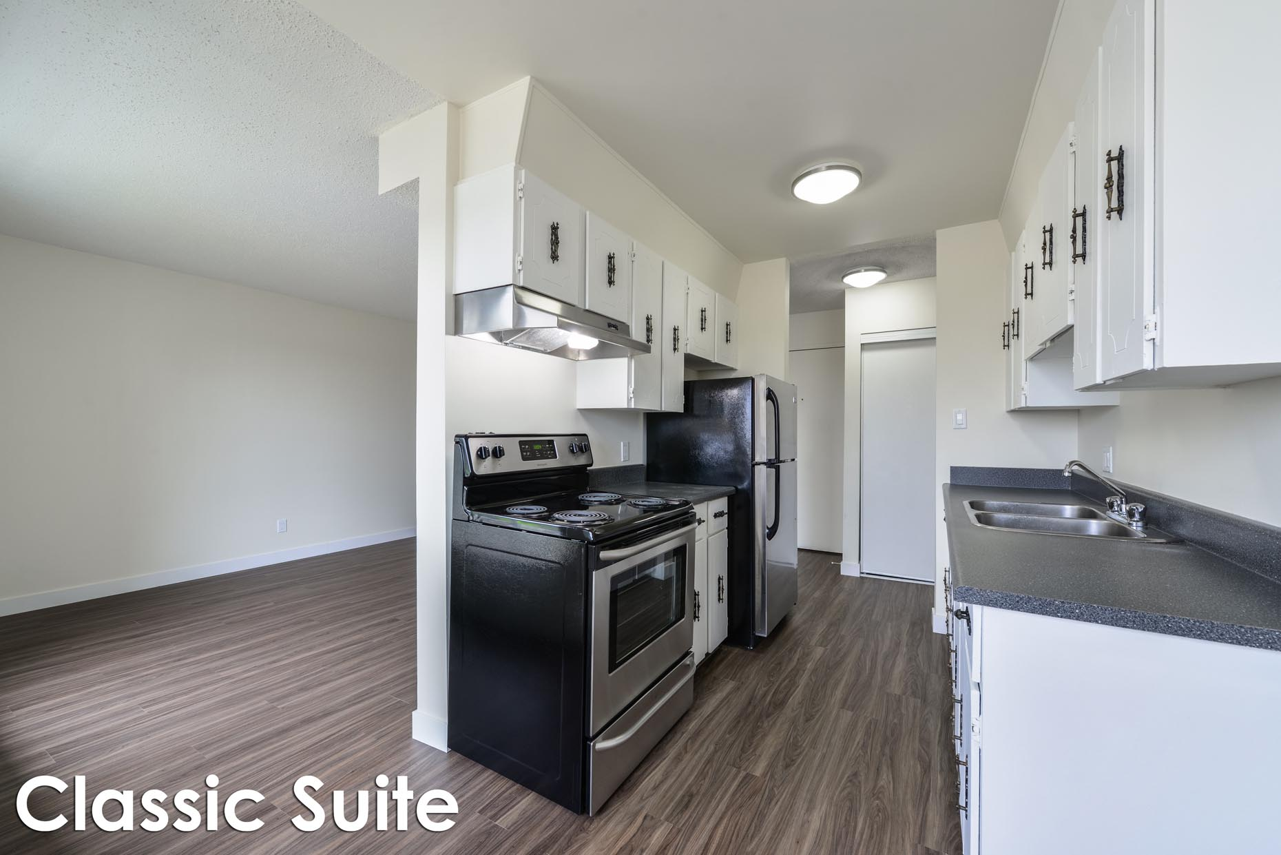Classic Kitchen suite in Alexander Plaza