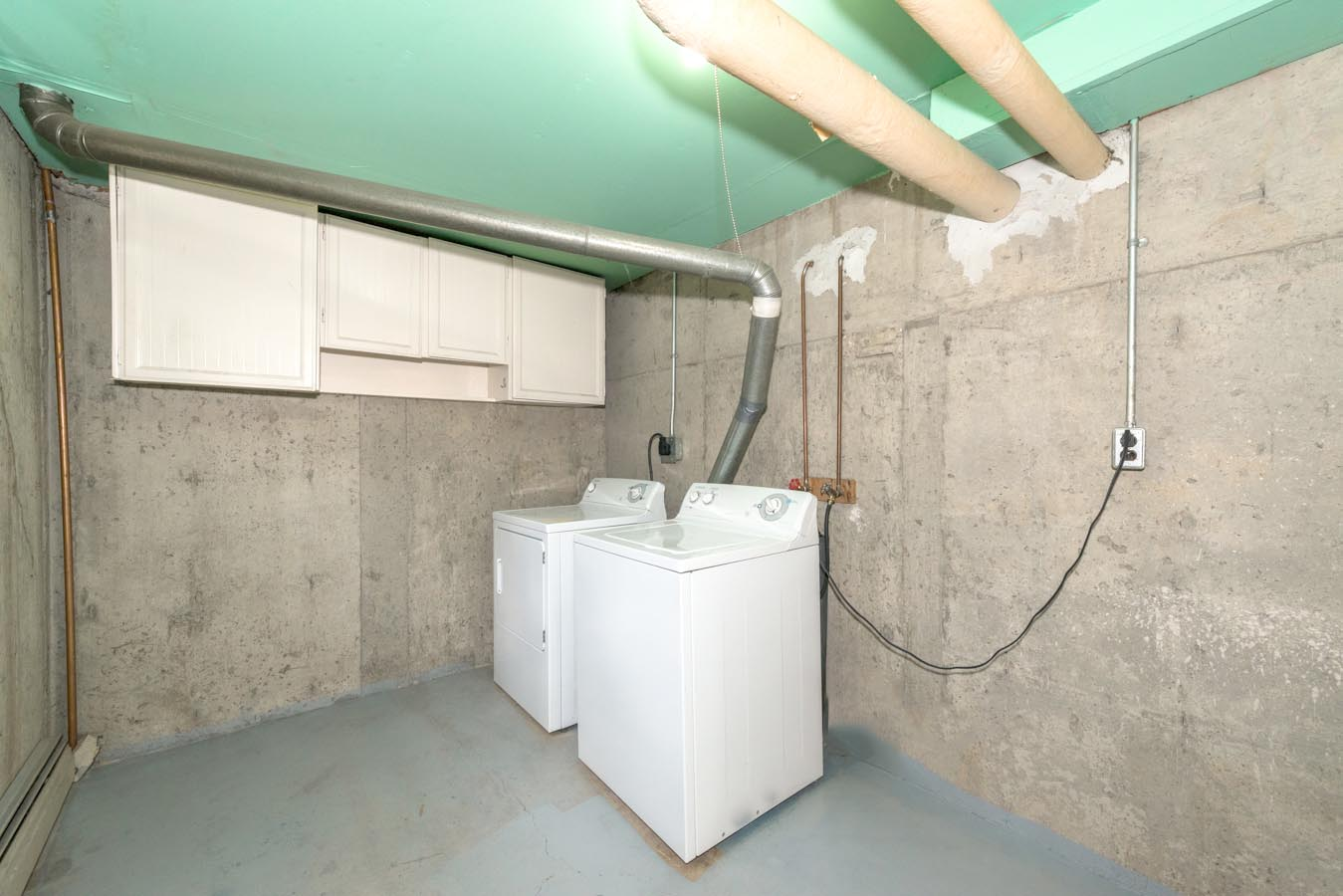 In-suite laundry in Briarwynd Court