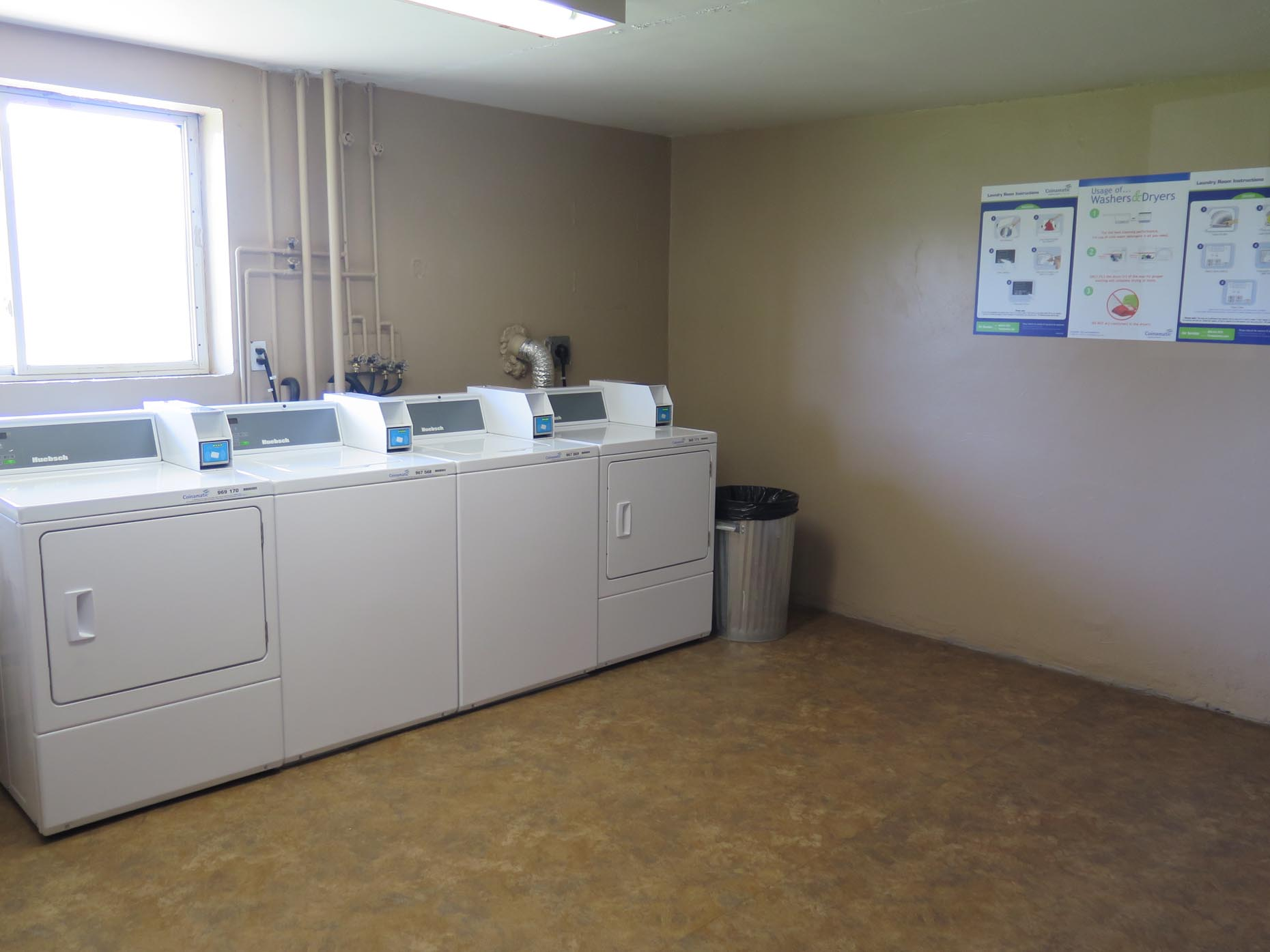 Washer and Dryer at Meadowcrest Apartments in London