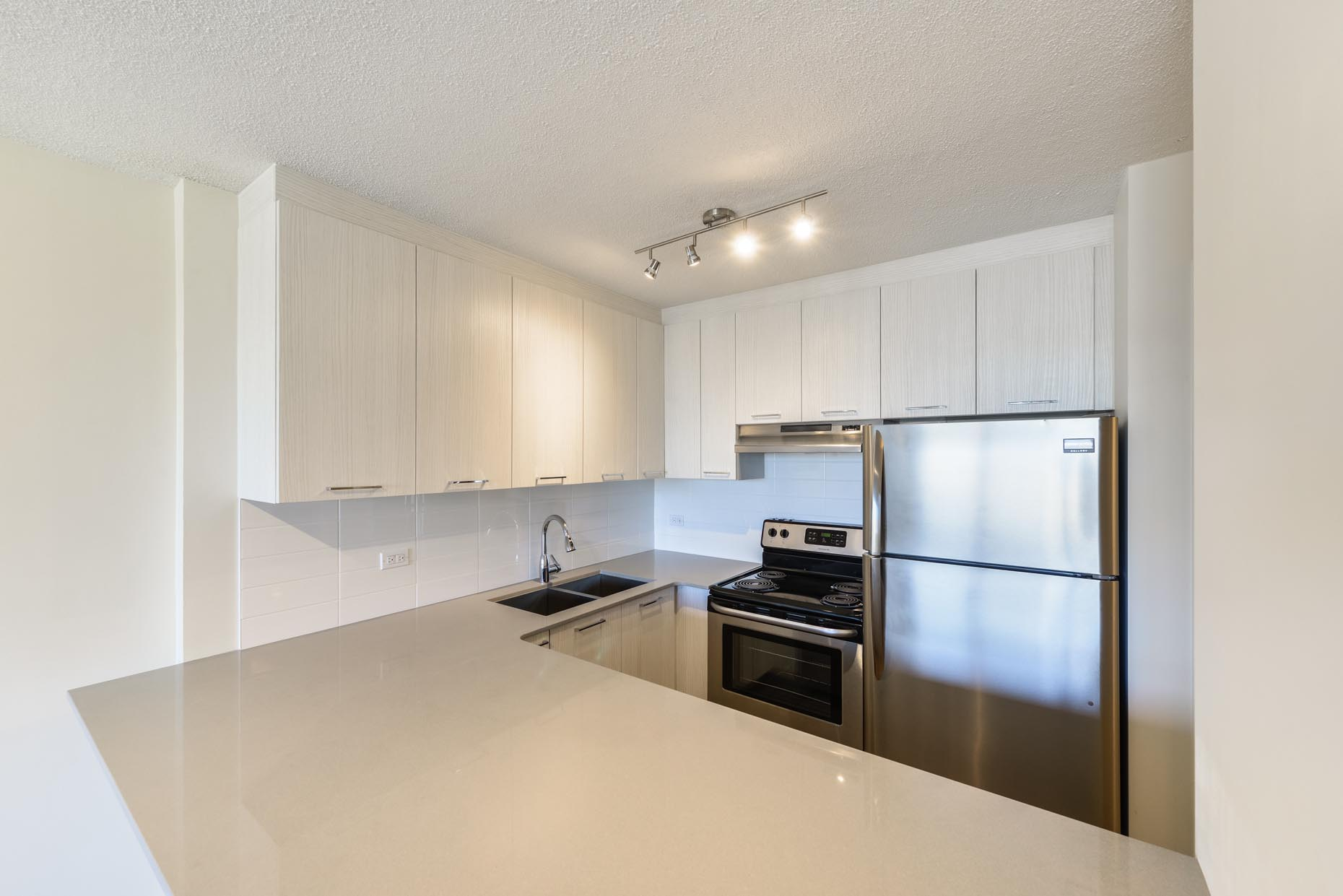 Premium Kitchen in Capital View Tower
