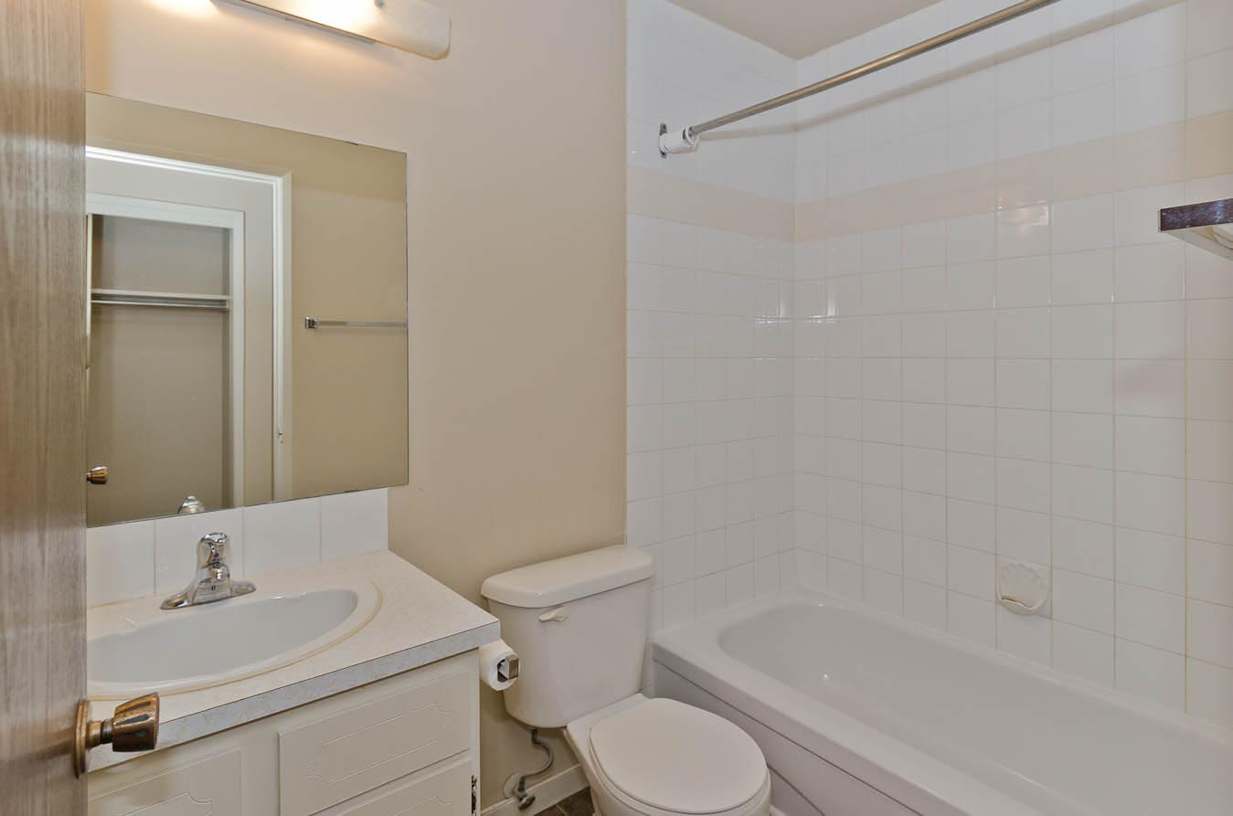 Classic Bathroom in Varsity Place Apartments